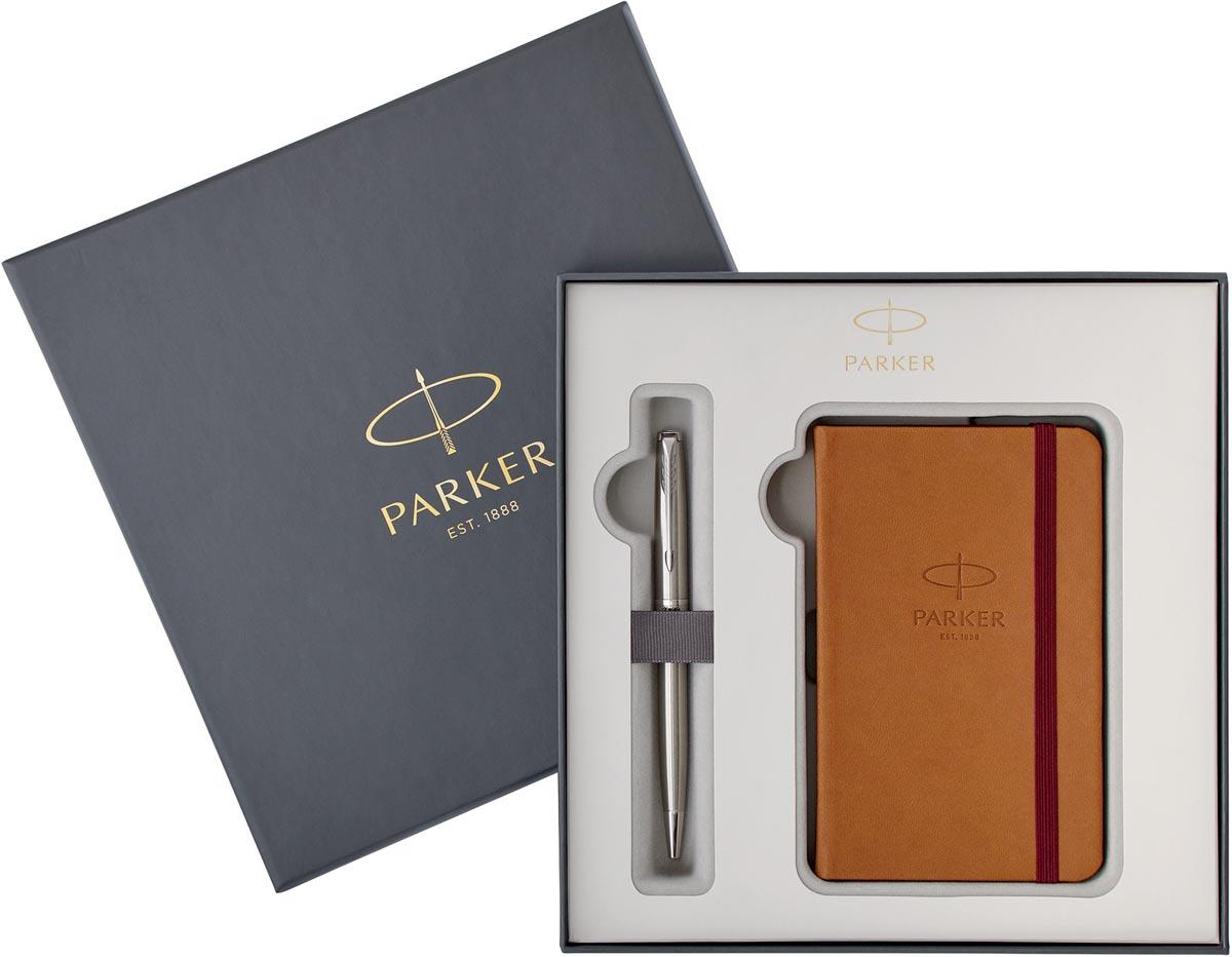 Parker giftbox Sonnet vulpen medium + notebook, zilver