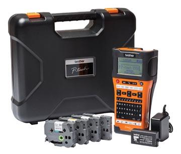 Brother beletteringssysteem pt-e550, koffer met de pt-e550, 4 tapes, adapter en batterij